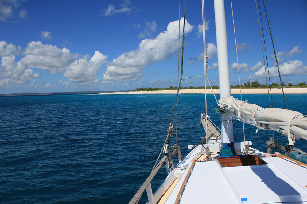 Cruising towards Rote in search for more waves. Rote surf charter