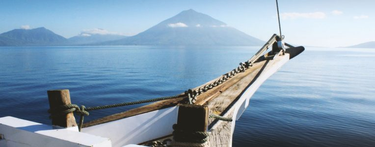 Sri Noa Noa cruising through Indonesia. A classic journey.